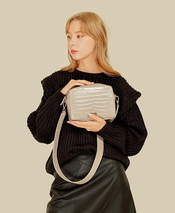 [록체 LOKCHE] 몰리 스퀘어백 (LOK-0407)Molly Square Bag -Light Gray 타임메카
